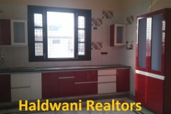 Independent two bed room house floor on kaladhungi road