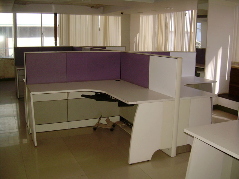 Fully furnished commercial hall for rent in nainital road haldwani